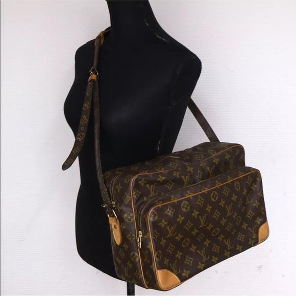 3eb4d93132e Louis Vuitton Handbags - Authentic Louis Vuitton Nile GM Crossbody